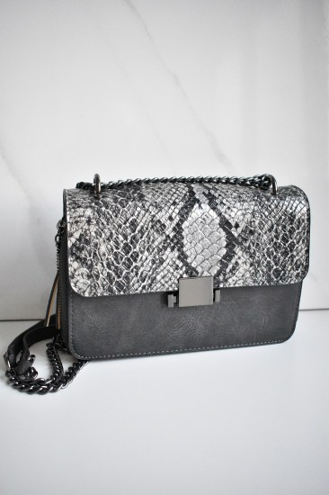 bag_grey_animal_print_snake1