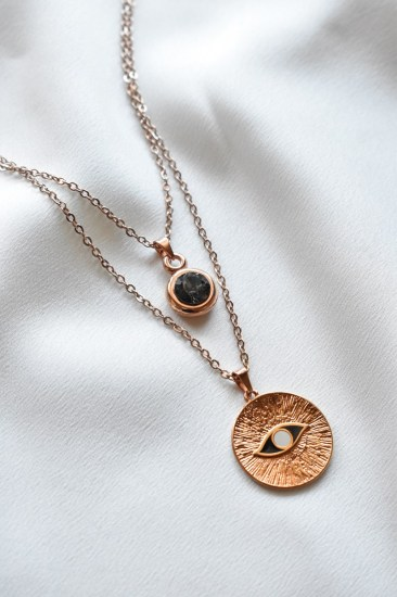 necklace_rose_gold_disc_eye1